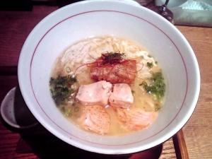 麺と心 7 秋鮭香味そば