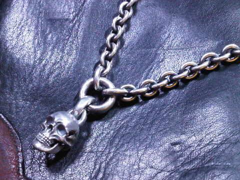 2013 New Skull necklace