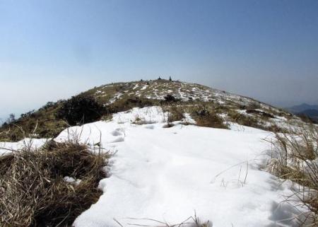春のような天山残雪 114