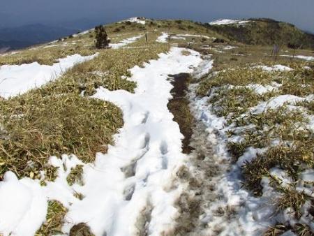 春のような天山残雪 107