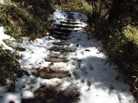 春のような天山残雪 037