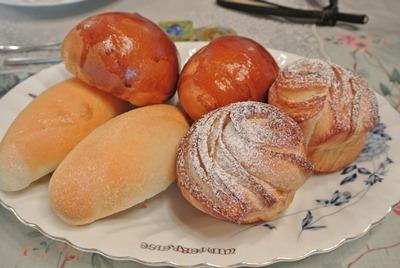 7.16 朝食焼き立てパン