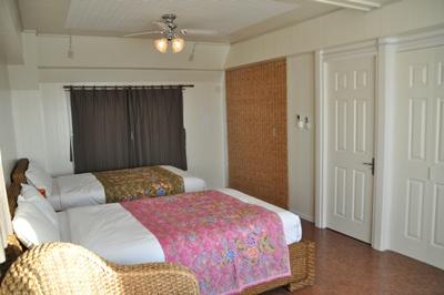 沖縄2 寝室