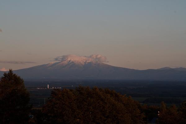 去年の10月3日 斜里岳冠雪