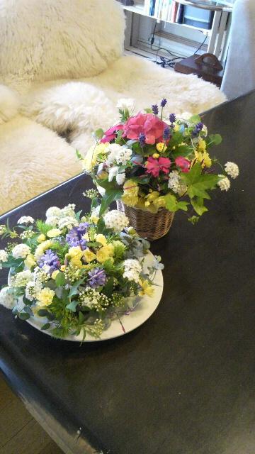 2012042915180000お迎えの花