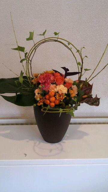 201210121719000210月の花1