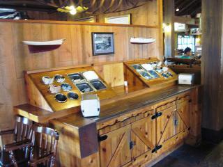 Amity Landing Restaurant (17)