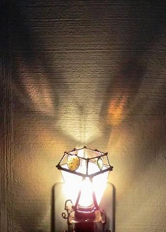 猫の目明かり