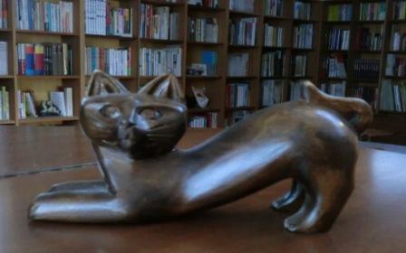 猫のポーズ1