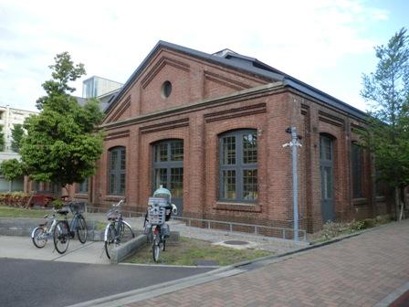 煉瓦図書館1