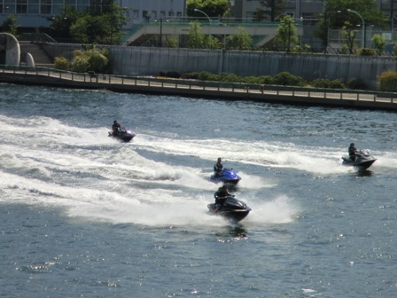 水上バイク2