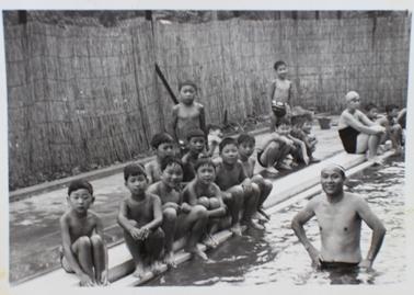 四本木プール