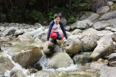 森きち 2日目 川遊び2