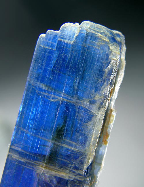 No.99 Kyanite