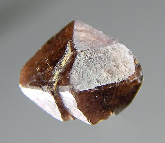 No.252 Zircon