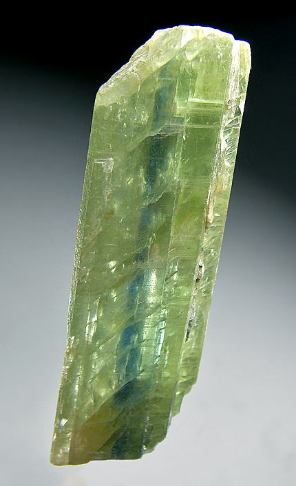 No.262 Kyanite