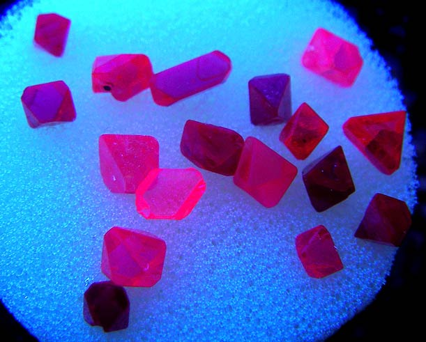 No.266 Spinel