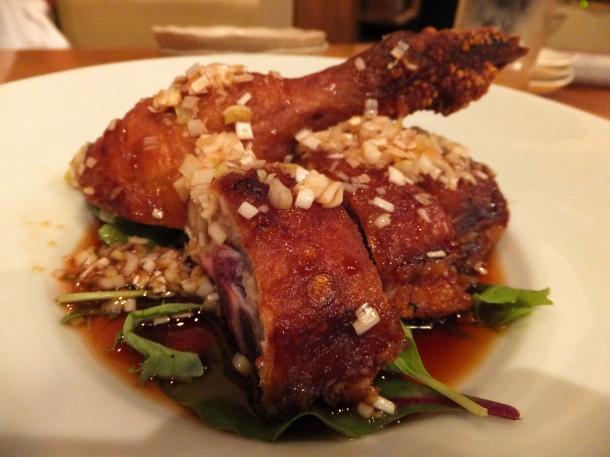 骨付き地鶏のパリパリ揚げ