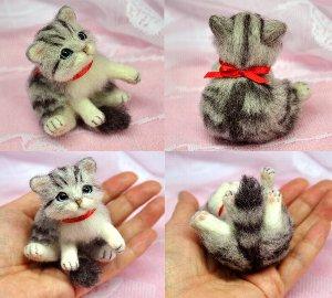 白サバトラ猫スコ座り12-05 026