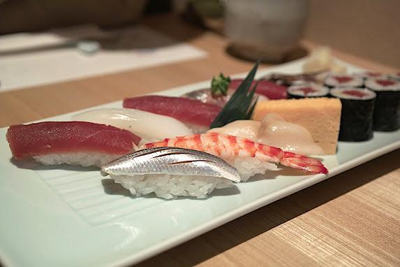 sushimanpuku-001.jpg