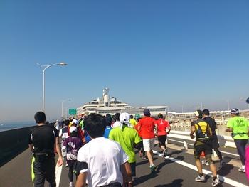 ちばアクアラインマラソン・もうすぐ海ほたる