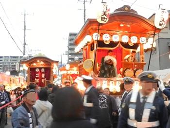 祭りの山車