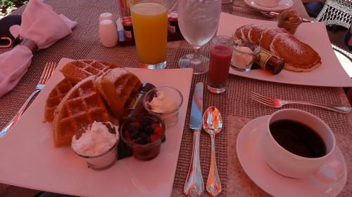 hawaii2012-breakfast1_s