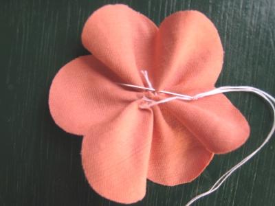 月見草のモチーフのヘアゴム 縫い絞る