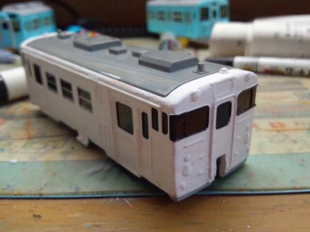 真っ白なキハ40・・・ある色にしていたキハ40です