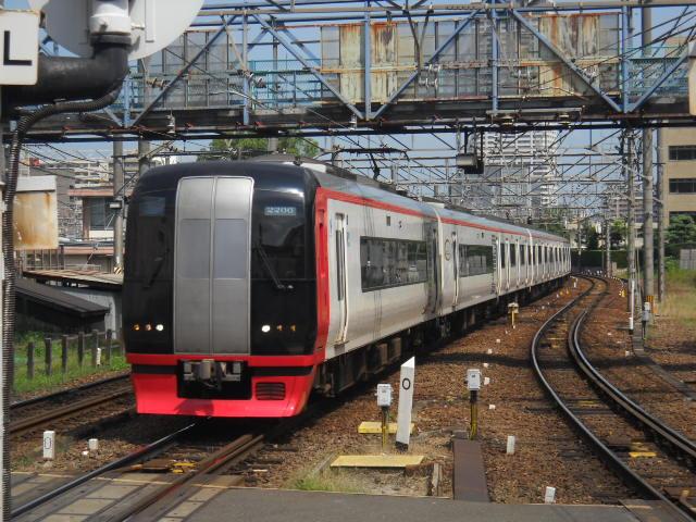 この2200系で太田川に移動します