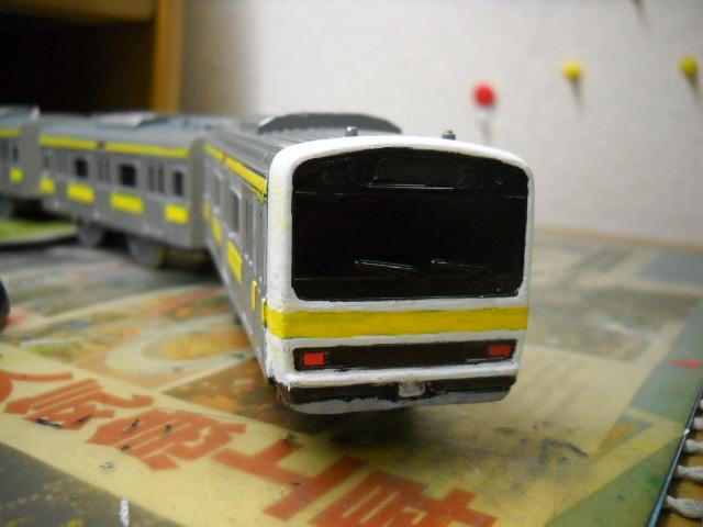 この車両思えばこれでE231系顏の白塗りに全部成りました