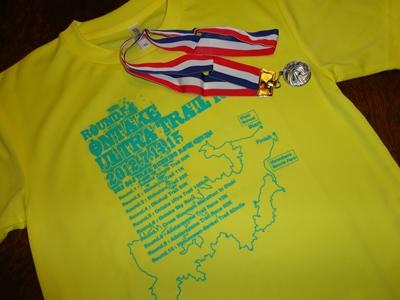 Tシャツとメダル
