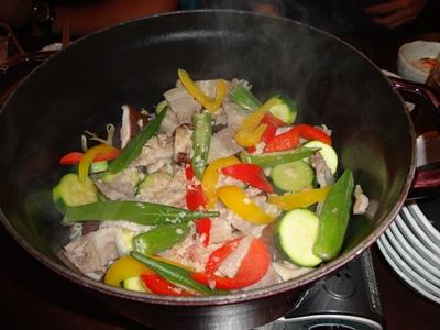 ダッチオーブンの野菜