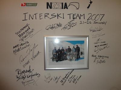 ニュージーランドチームのサイン