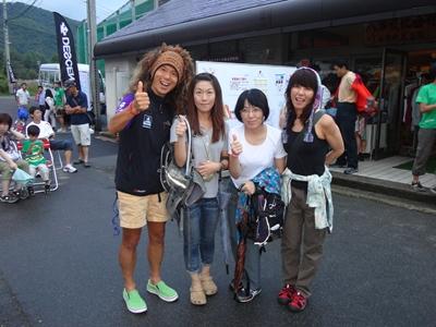 六花先生、私、なえさん、間瀬さん
