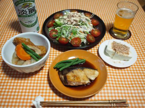晩酌☆ぶりの照り焼き&野菜と鶏肉の煮物&ツナサラダ&冷奴