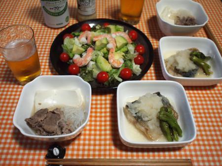 晩酌☆さばのみぞれ煮&肉豆腐&えびとアボカドのサラダ