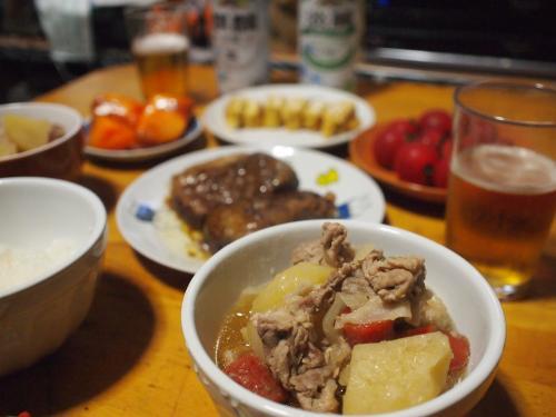 晩酌☆肉じゃが&玉子焼き&豚角煮(惣菜)&トマト&