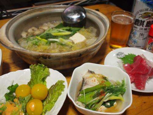 晩酌☆海鮮鍋&まぐろと鯛のお刺身&サラダ
