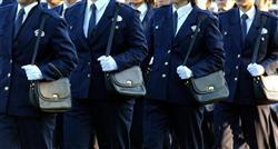 130507ひるまない22歳女性巡査
