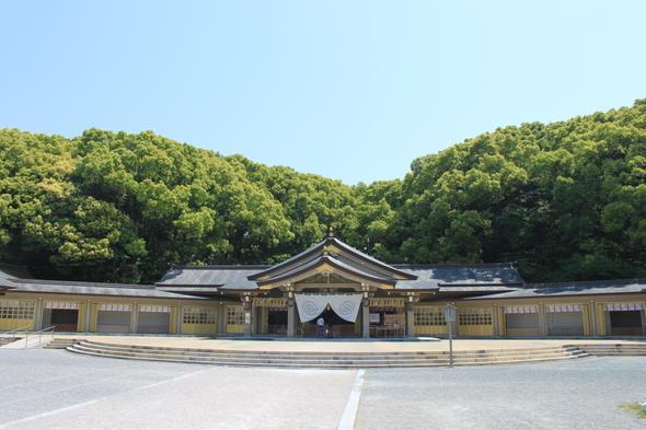 福岡護国神社 参集殿
