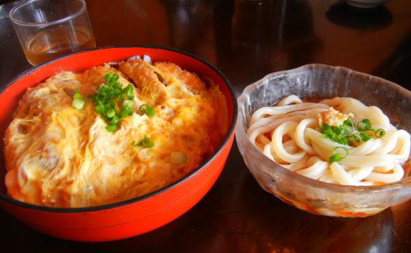 煮込みかつ丼(ミニうどん付)