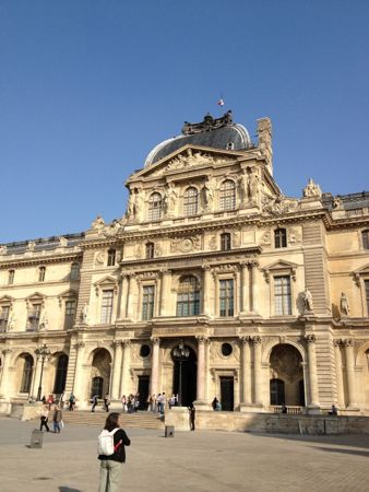 ルーブル美術館の建物3