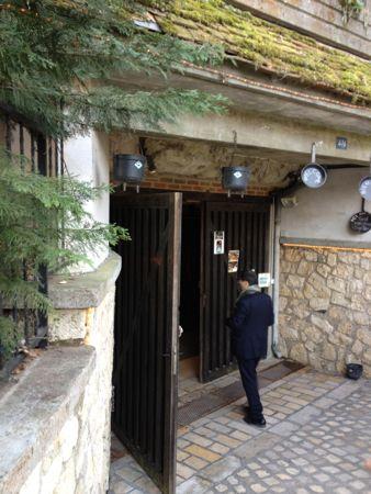 La Cave Aux Fouees入り口