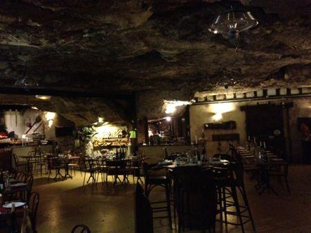 La Cave Aux Fouees雰囲気