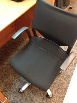 ラウンジ内の椅子