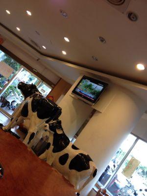 牛が鎮座しています