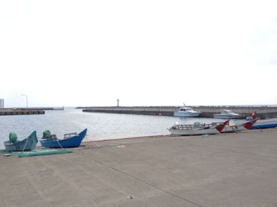 野寒布岬の周りの港