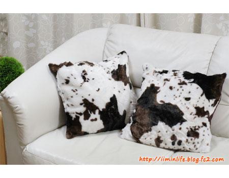 牛柄クッションカバー01