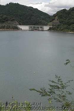 大阪最大らしい滝畑ダム